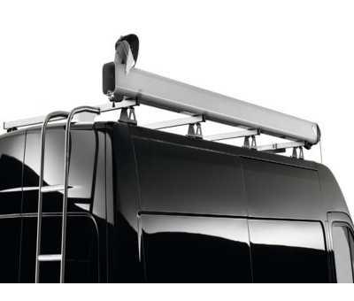 Porte-tubes sur barres de toit